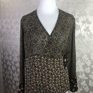 J. Jill Top Size 8, Semi-sheer Fabric.
